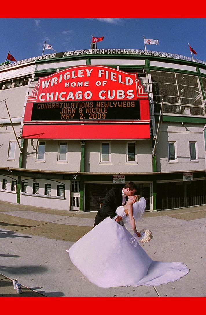 Wedding Photos at Wrigley Field